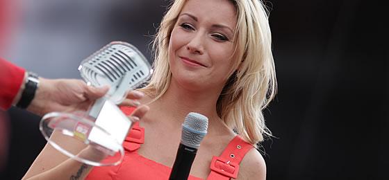 Anna-Carina Woitschack beim radio B2 SchlagerHammer 2019