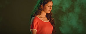 Screenshot Musikvideo:Naaz - Words